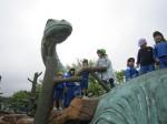 恐竜の背中